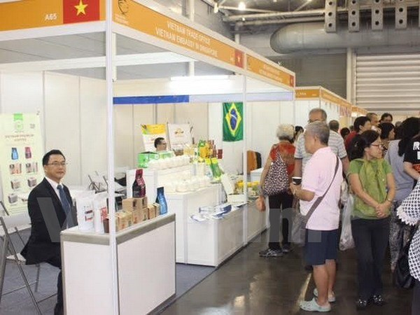 Vietnam attends largest Asia-Pacific food fair in Singapore hinh anh 1