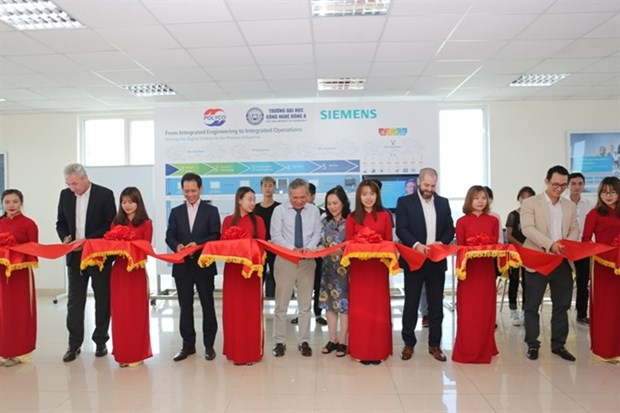 Training centre powered by Siemens technologies debuts hinh anh 1