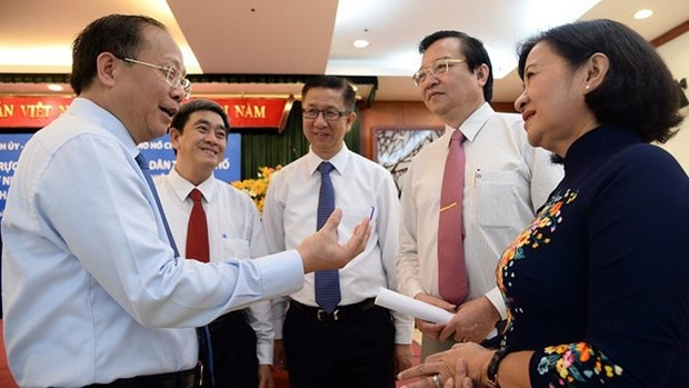 HCM City leaders hear teachers' concerns hinh anh 1