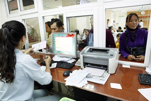 Insurance market maintains high growth rate in Jan-Oct hinh anh 1