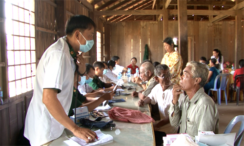 Dong Thap strengthens training cooperation with Cambodian province hinh anh 1