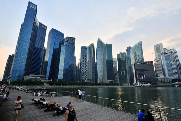 Singapore raises 2017 economic growth forecast hinh anh 1