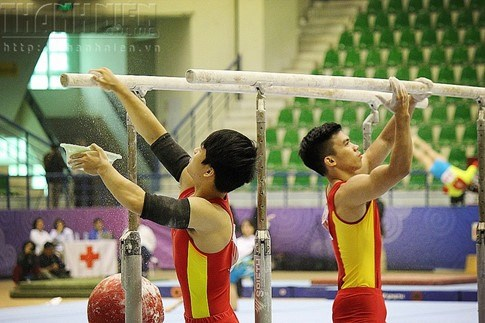 National gymnastics champs start in Hanoi hinh anh 1