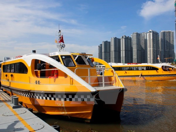 HCM City launches first river bus route hinh anh 1