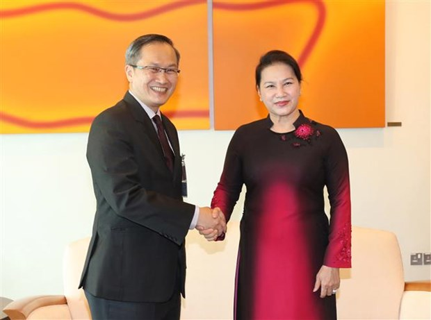 NA Chairwoman begins official visit to Singapore hinh anh 1