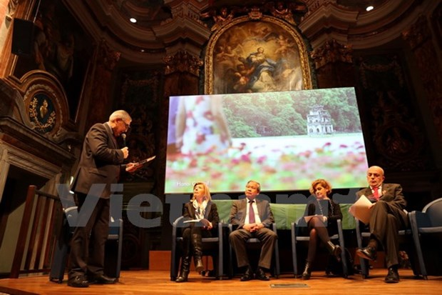 Conference seeks ways for Italian products to enter Vietnam hinh anh 1