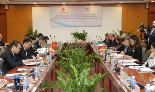 Vietnam, Italy forge economic cooperation hinh anh 1