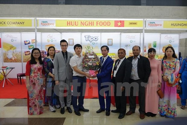 Vietnamese confectionary giant attend FoodPro 2017 in Bangladesh hinh anh 1