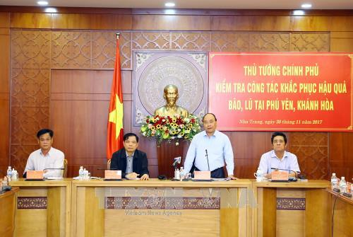 Government to allocate 1 trillion VND to flood-hit localities hinh anh 1
