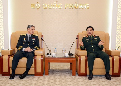 RoK's army chief welcomed in Hanoi hinh anh 1