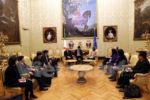 Vietnam, Italy agree to boost friendship, legislative ties hinh anh 1