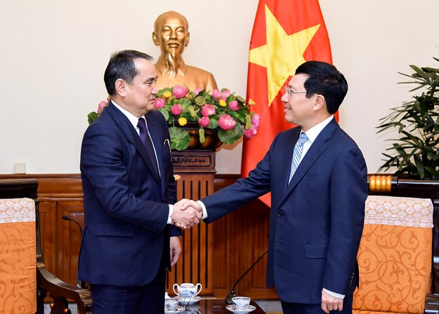 Deputy PM highlights improvements in Vietnam-Kazakhstan trade hinh anh 1