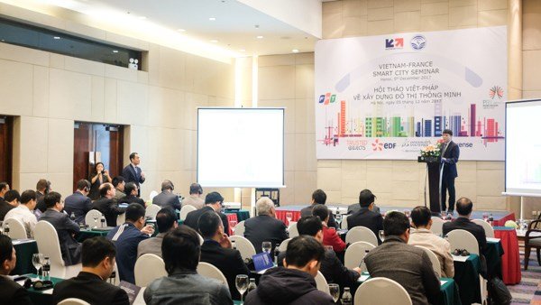 France shares experience in building smart cities hinh anh 1