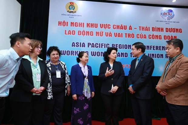 Regional conference highlight female labourers, trade union's role hinh anh 1