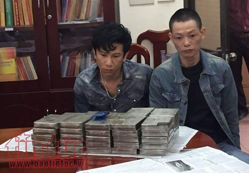 Hanoi police arrest transporters with over 16.3 kg of heroin hinh anh 1