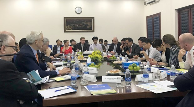 Vinh Long pledges optimal conditions for foreign investors hinh anh 1