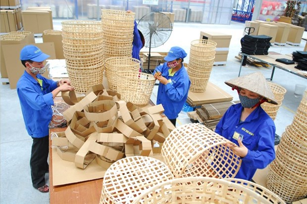 Vietnam to cut costs, rules for firms hinh anh 1