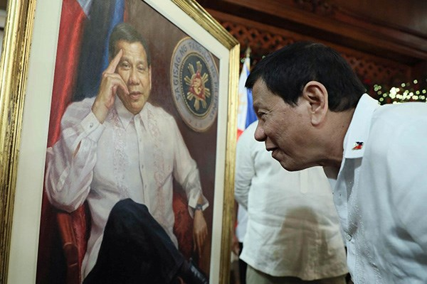 Philippines considers extended martial law in Mindanao hinh anh 1