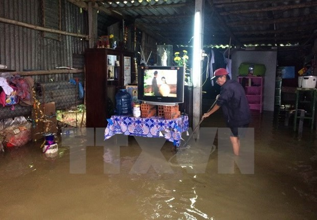 New aid package targets flood-hit poor, near-poor families hinh anh 1