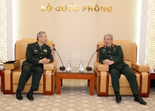 Defence official affirms boosting ties with China hinh anh 1