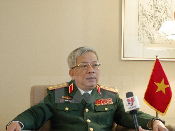 Deputy Defence Minister hosts Japanese PM's adviser hinh anh 1