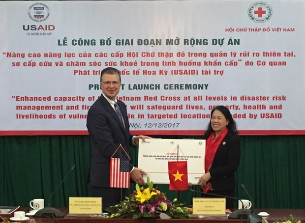 USAID continues helping Vietnam Red Cross manage disaster risks hinh anh 1