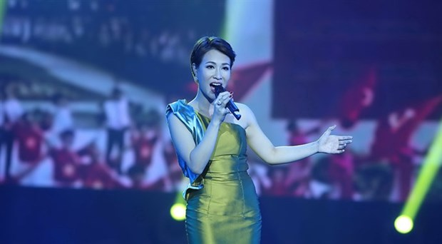Vietnamese singers to sing in youth show hinh anh 1
