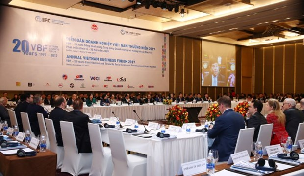 Vietnam Business Forum convenes year-end session hinh anh 1