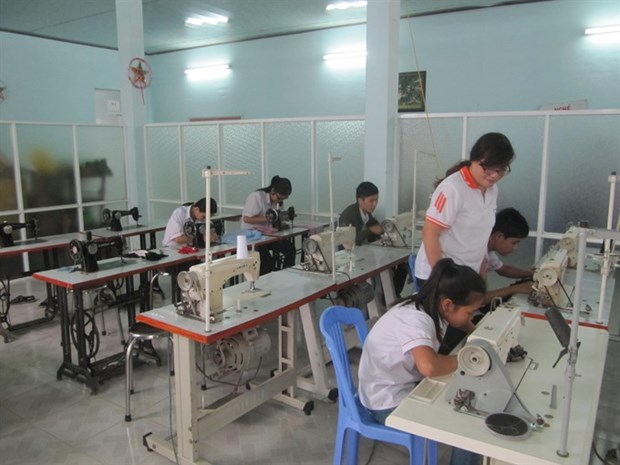 Vietnam focuses on education for kids with disabilities hinh anh 1