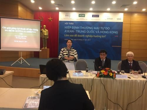 Firms advised to capitalise on ASEAN-China, Hong Kong FTAs hinh anh 1