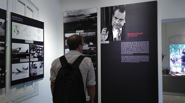 Exhibition reviews Dien Bien Phu in the Air campaign hinh anh 1