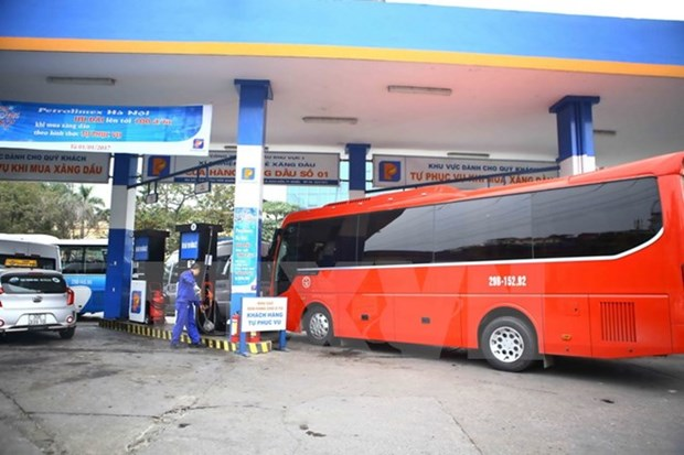 Petrolimex to sell Euro5 diesel oil from 2018 hinh anh 1