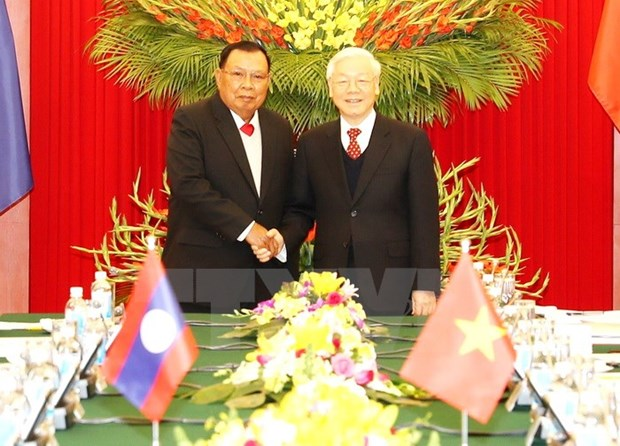 Vietnamese, Lao leaders emphasise special relations hinh anh 1