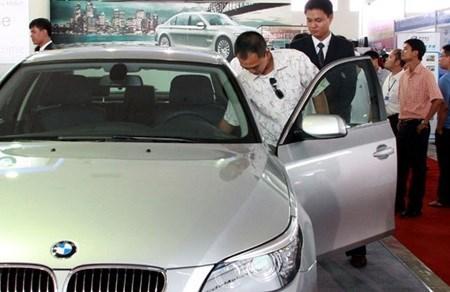 Auto prices not to fall despite zero ASEAN tariff hinh anh 1