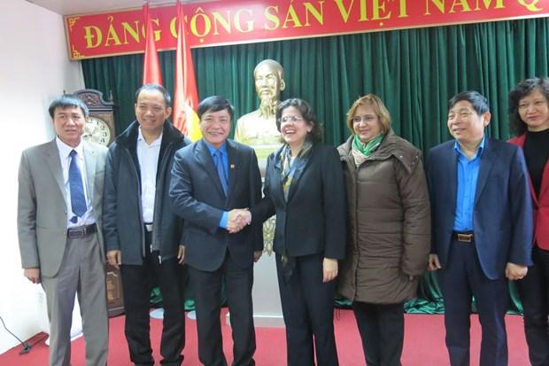 VGCL President receives Cuban Ambassador hinh anh 1