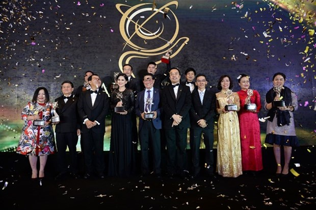 Awards honour 14 business leaders in Vietnam hinh anh 1