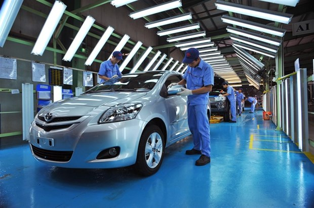 Toyota wants licence to import cars hinh anh 1