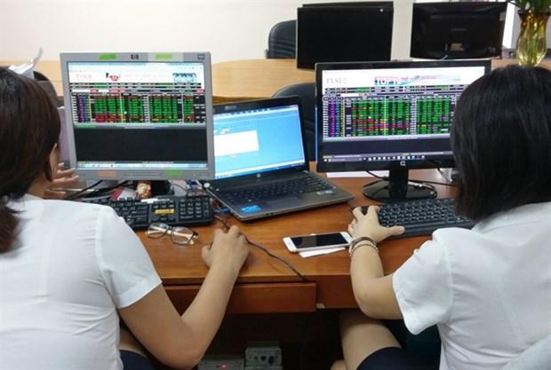 Bank stocks drag down VN-Index hinh anh 1