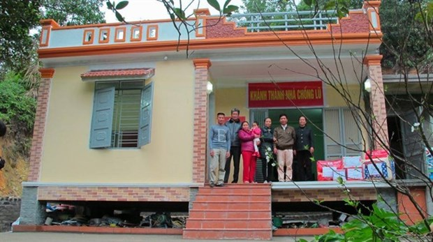 Project helps build flood resistant homes for the needy hinh anh 1