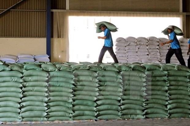 Rice exports beat low expectations in 2017 hinh anh 1