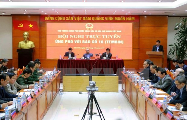 PM requests high vigilance in response to typhoon Tembin hinh anh 1