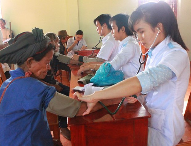 Central Highlands works to improve health care service hinh anh 1
