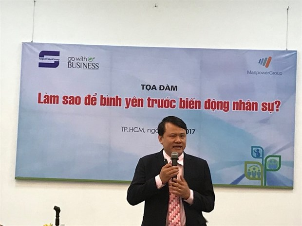 HR departments told to offer better working conditions hinh anh 1