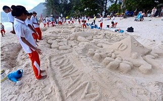 Thailand: Memorial events held for tsunami victims hinh anh 1