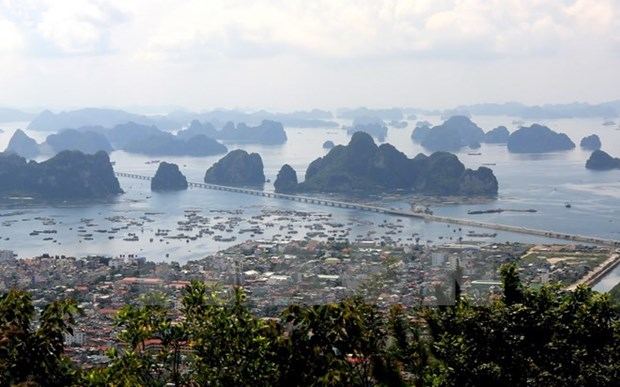 Quang Ninh to host 100 events during National Tourism Year hinh anh 1