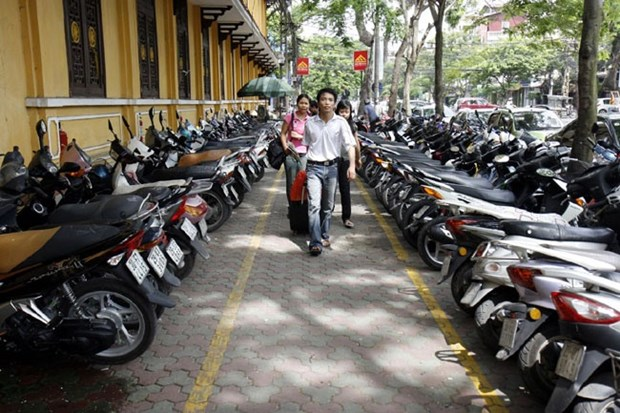 Hanoi parking fees to increase hinh anh 1