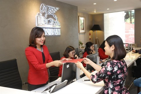 Insurance market maintains growth above 21 percent hinh anh 1