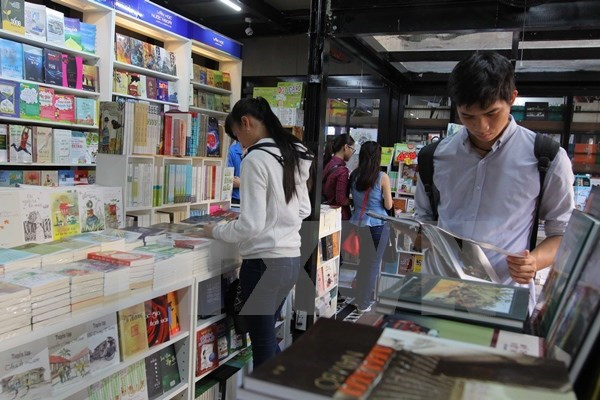 HCM City's Book Street attracts 2.4 million visitors hinh anh 1