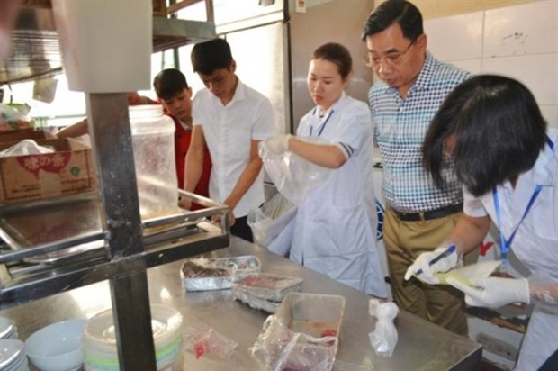 Food safety violations in Hanoi on the increase hinh anh 1