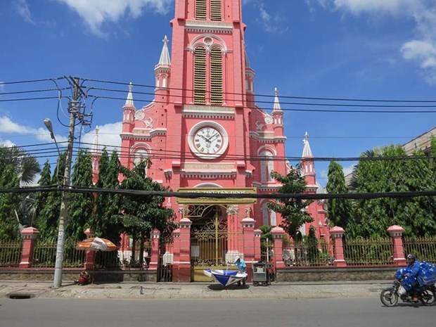 HCM City-based Tan Dinh Church becomes tourist destination hinh anh 1